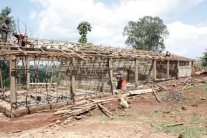 Kolmas koulurakennus valmistumassa
